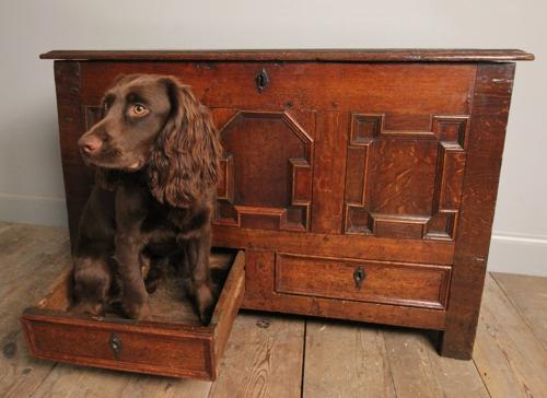 17th C. Small Oak Coffer