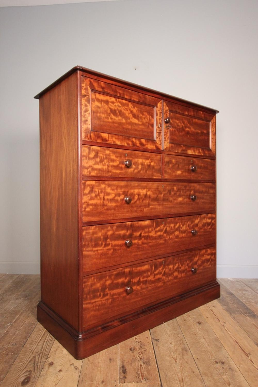 Superb Gillows Plum Pudding Chest of Drawers