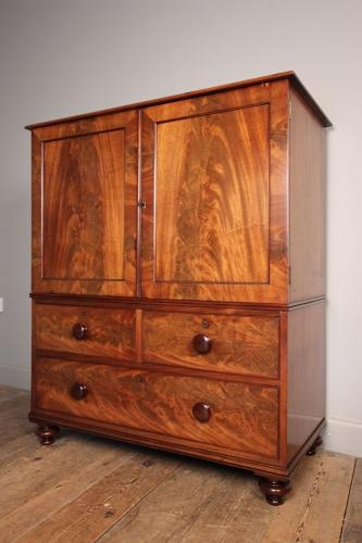 Small 19th C. Mahogany Gentleman's Linen Press