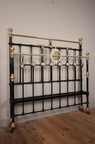 Victorian Brass and Cast Iron Double Bed (4 ft 6
