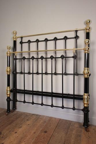 Classic Victorian Brass & Iron Double Bed 4 ft 6