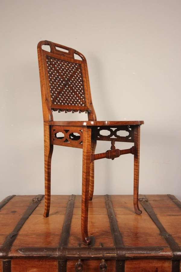 Taprell Holland & Sons Campaign Chair