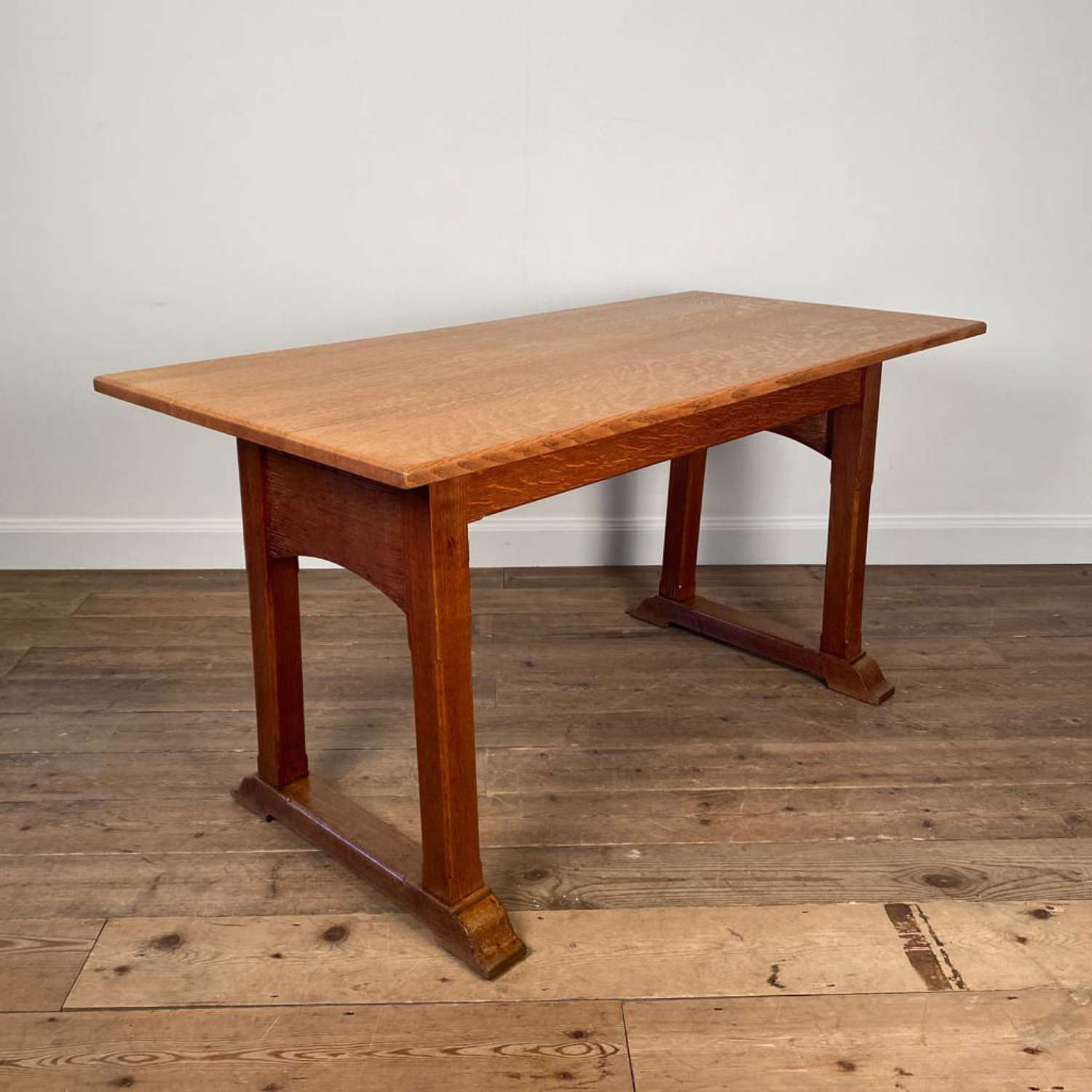Heals Letchworth Solid Oak Dining Table
