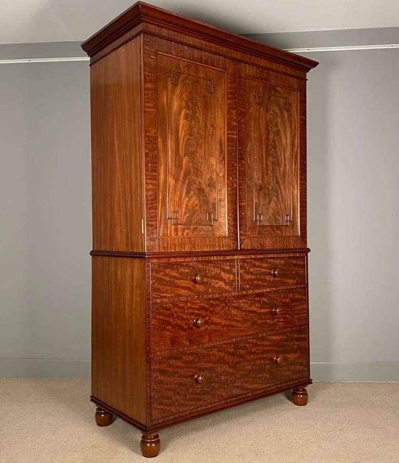Highly Figured George IV Linen Press / Wardrobe