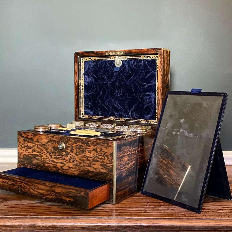 Fine quality Coromandel Wood Vanity Box