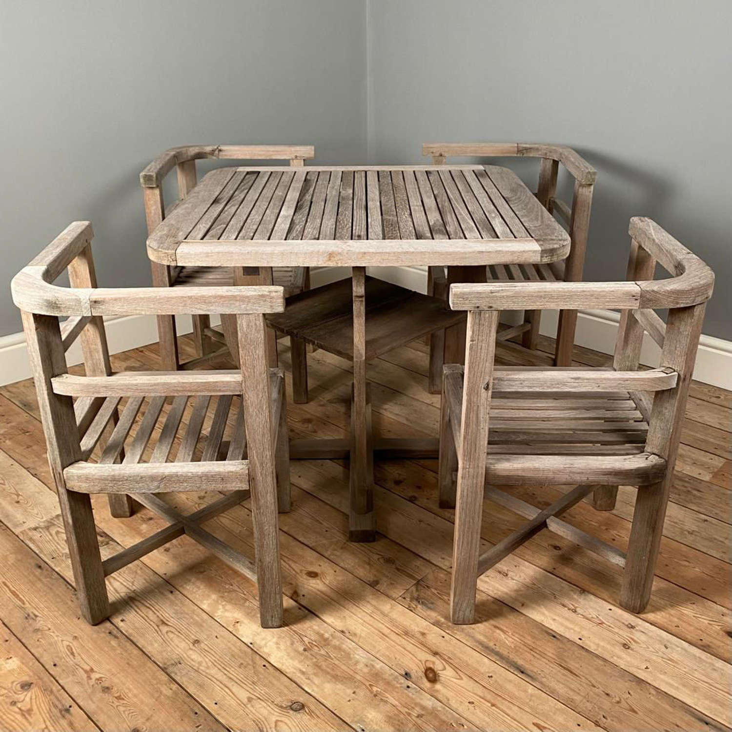 Heals Plus 4 Teak Garden Table and Chairs