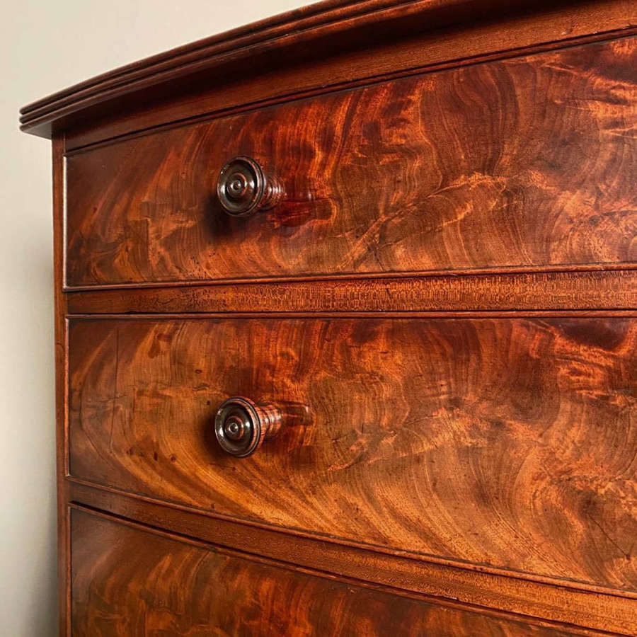 Regency Gillows Mahogany Chest of Drawers